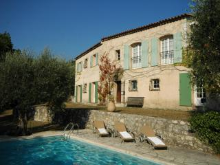 Provence villa set in an olive orchard - Chateauneuf de Grasse vacation rentals