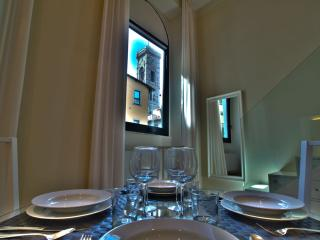 CALIPSO, 50m close to Florence Cathedral - Florence vacation rentals
