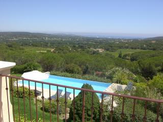 Hillside villa over looking the beach - Ramatuelle vacation rentals