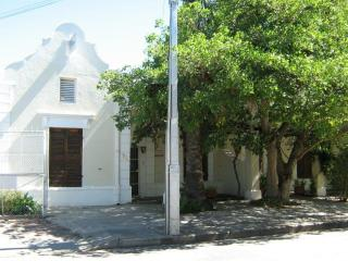 Charming 2 bedroom Cottage in Beaufort West - Beaufort West vacation rentals