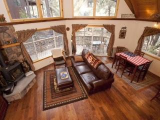 Nice 2 bedroom Cabin in Pine Mountain Club - Pine Mountain Club vacation rentals