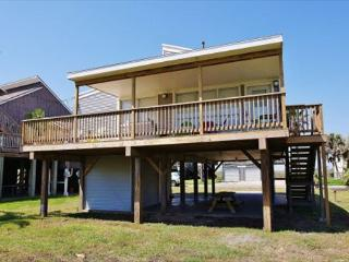 Desirable 2nd row beach home steps from the sand! - Galveston vacation rentals