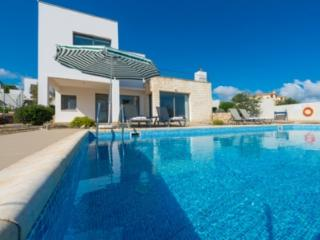 Lovely 3 bedroom Villa in Latchi with A/C - Latchi vacation rentals
