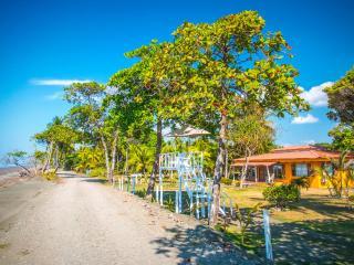 Tres Amigos Island Villas - Villa Blanca - Parrita vacation rentals