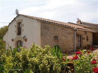 renovated 300 year old wine making barn FREE WIFI - Les Verchers-sur-Layon vacation rentals