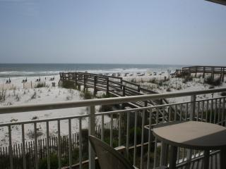 BEAUTIFUL GULF FRONT CONDO W/ BEAUTIFUL GULF VIEWS - Fort Walton Beach vacation rentals