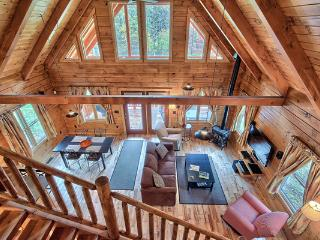 Marsh Hollow: Shadyside Cabin in the Hocking Hills - Ohio vacation rentals