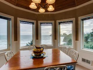 Berni's Ocean View Castle - The Crow's Nest - Oceanside vacation rentals