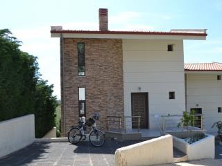 Comfortable Duplex House By The Sea - Gerakini vacation rentals