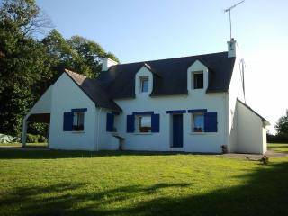 Seaside Country Cottage Golf Hike Sail 3 stars - La Foret-Fouesnant vacation rentals