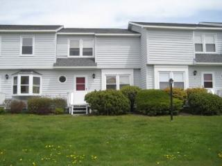 2 Foote Street #8 - Spacious Two Story Beach Condo - Easy Walk to the Beach and Old Orchard Beach Pier - Old Orchard Beach vacation rentals