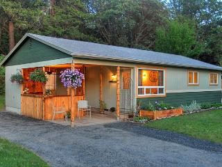 Ruch Bungalow - Medford vacation rentals