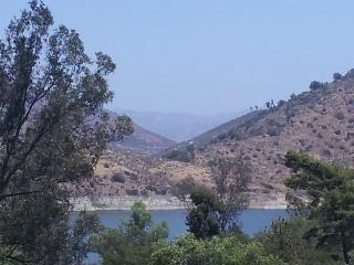 Beautiful Lake View Home/Novel Attractions Close - Escondido vacation rentals