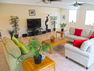 Mermaid's Castle - prices listed may not be accurate - Tybee Island vacation rentals