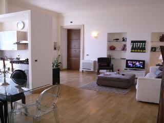 TEATRO DELL OPERA 06: 2BR 3BA in the heart of Rome - Rome vacation rentals