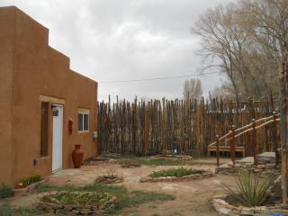 Perfect 1 bedroom House in Taos - Taos vacation rentals