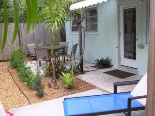 One Bedroom Apartment in Paradise - Fort Lauderdale vacation rentals