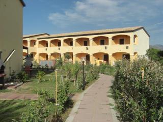 HOLIDAY HOME SARDINIA cottage baia mimose - Badesi vacation rentals