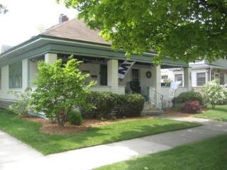 Shorewood Cottage - South Haven vacation rentals