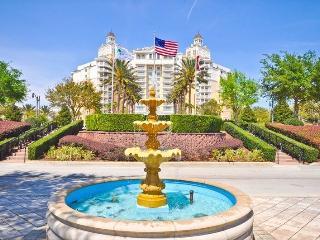 Grande Retreat - 5 STAR - 2 Bedroom Condo, Sleeps 6 in Magnificent Reunion Grande Hotel!! - Reunion vacation rentals