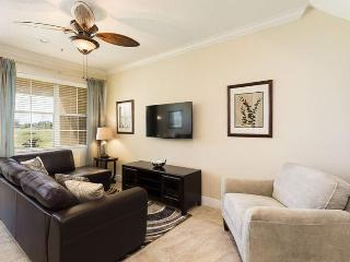 Carriage Pointe Paradise - Spacious Town Home, Golf Views and Close to Pool - Disney vacation rentals