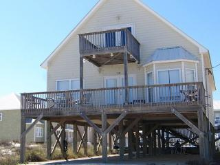 Private Pool and a very short walk to the Beach! - Fort Morgan vacation rentals