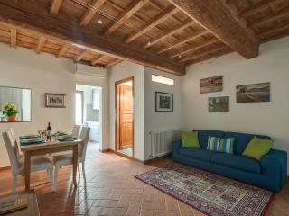 Pilastri 1bd - Florence vacation rentals
