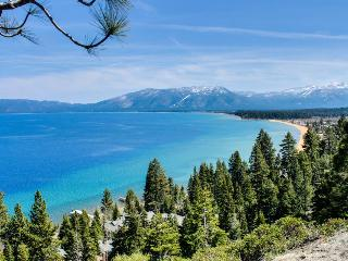 Dog-friendly cabin w/ hot tub, gas fireplace, and trail access - South Lake Tahoe vacation rentals