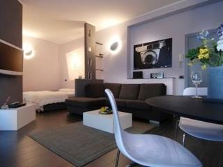 Splendid design apartment close to the city center - Milan vacation rentals