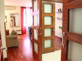 Beautiful Apartment in Madrid Centre Gran Via Chueca - Madrid Area vacation rentals