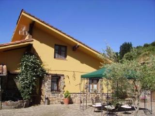 Potes: Viñon- 2 hab. ~ RA20105 - Cantabria vacation rentals