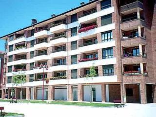 Zuberoa 30 4 Izqda ~ RA20125 - Zarautz vacation rentals