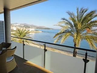 Edifici Berna ~ RA20144 - Llanca vacation rentals