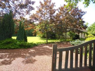 House in Cuzion, Southern Loire - Eguzon-Chantome vacation rentals