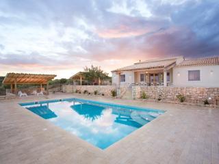 Villa Orizzonte blu - Noto vacation rentals