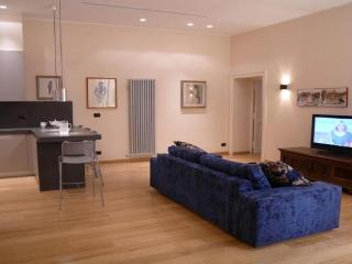 VILLA BORGHESE 03: 2BR 2BA in the center of Rome! - Rome vacation rentals