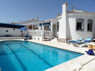 3 Bedroom Holiday Villa Rentals in Ciuded Quesada - Ciudad Quesada vacation rentals
