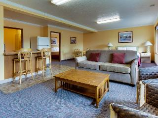 Sunset: Sunbeam Suite (#155) - Cannon Beach vacation rentals