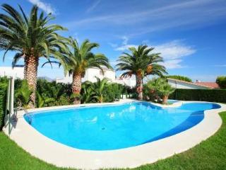 Aptos Palmiers ~ RA20203 - Llanca vacation rentals