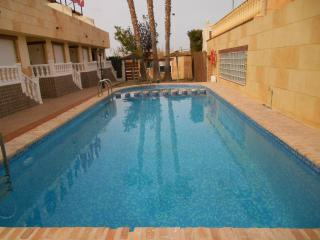 Apartment with one bedroom, private terrace and comunity swimming pool. - Torrevieja vacation rentals