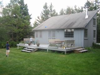 Prud'homme Cottage: bright, cozy cottage on Cove - Bernard vacation rentals