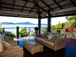 Nice House with Deck and Cleaning Service - Bedarra Island vacation rentals
