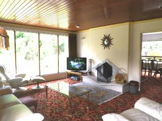 Convenient Cottage with Internet Access and Short Breaks Allowed - Cookstown vacation rentals