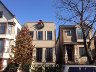 Luxury Home in West Lakeview - Chicago vacation rentals