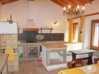 Alcantara rustic house -Taormina - Motta Camastra vacation rentals