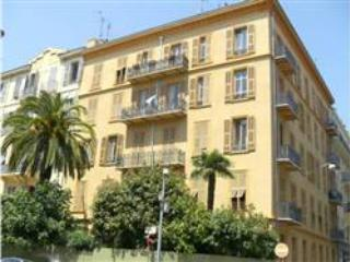 The building - Nice 3 Bedroom Apartment, 8 Minutes from the Beach - Nice - rentals
