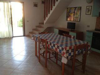 San Teodoro Apartments Danimare - San Teodoro vacation rentals