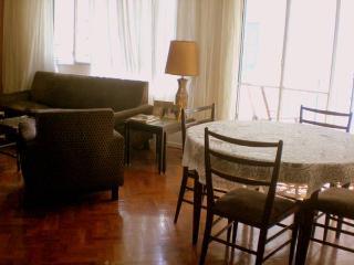 Habitación con Baño Privado Solo a Damas - Buenos Aires vacation rentals