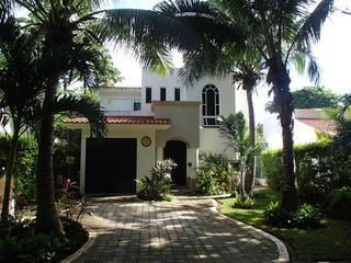 Spotlessly Clean! 5 Star! 3 bedroom Tropical Home - Playa del Carmen vacation rentals