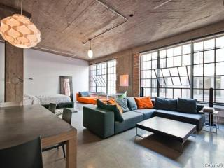 High End Loft Downtown/ Old Montreal - Montreal vacation rentals